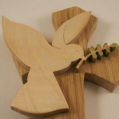 Croix avec Colombe et branche d'olivier grand modèle