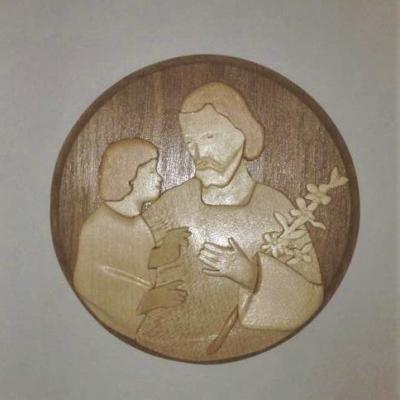 Médaillon St Joseph et l'Enfant Jésus, Lys blanc