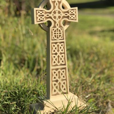 Croix celtique à poser